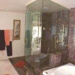 tolan_mast_shower_2